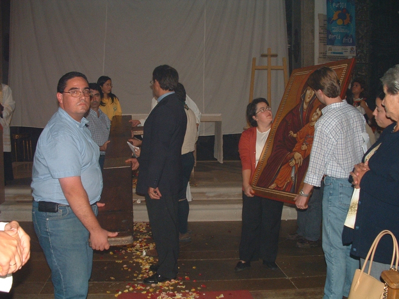 Cruz_jmj_algarve_2003-12