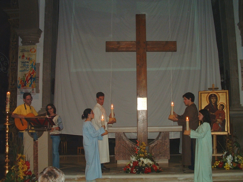 Cruz_jmj_algarve_2003-7
