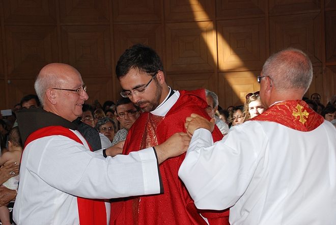 Ordenacao_padre_nelson_rodrigues (66)