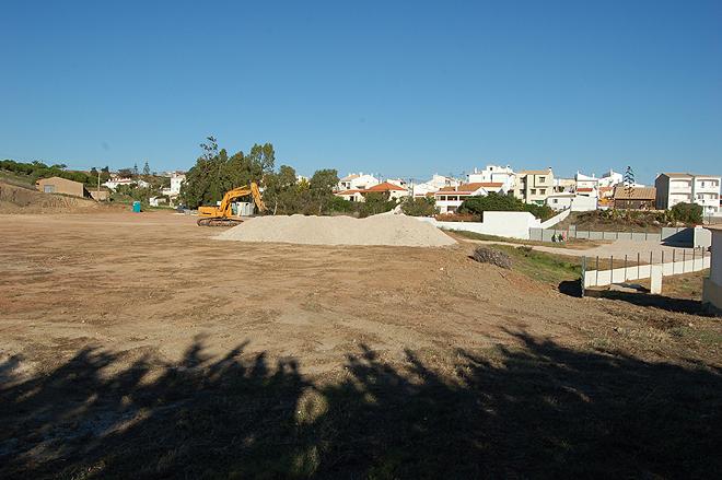 A construção do Centro Educativo Comunitário Multisserviço já arrancou