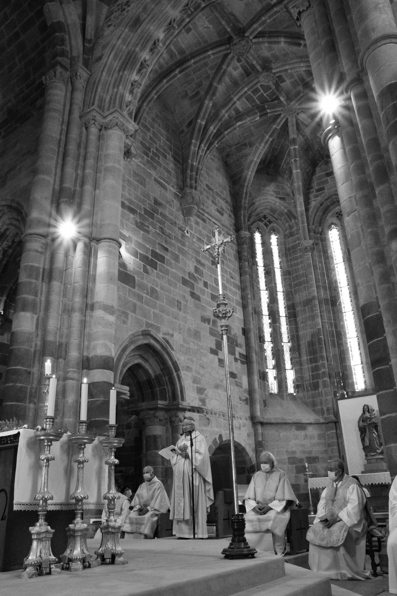 Missa_20_anos_ordenacao_episcopal_d_manuel_quintas-11